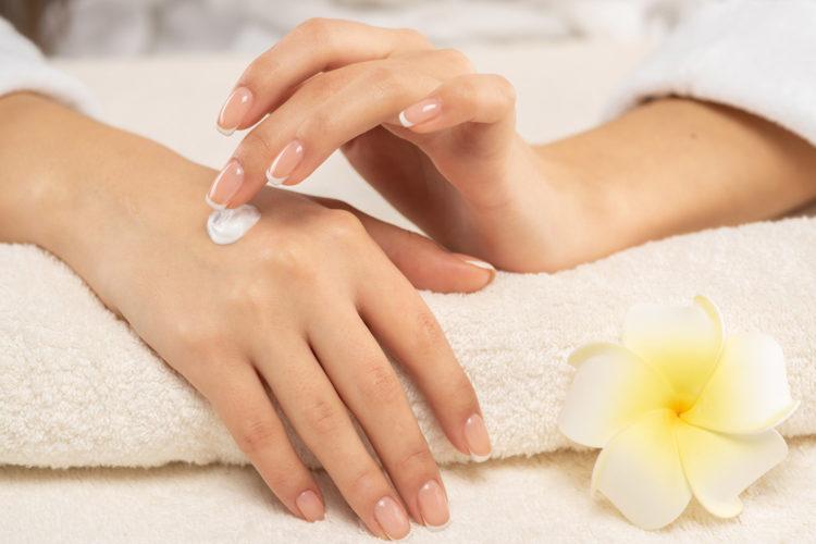 Przenikanie składników kosmetyków przez skórę - Pielęgnacja i kosmetyki - Blog BANDI