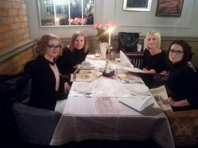 Wspólna kolacja na zakończenie Akademii BANDI