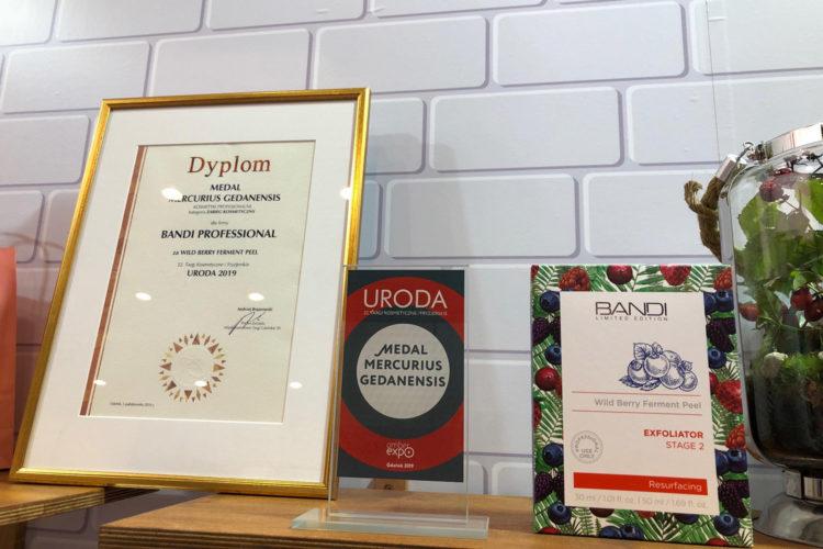 Nagroda dla Wild Berry Ferment Peel - Nagrody i nominacje - Blog BANDI
