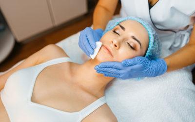 Zastosowanie peelingów w kuracjach anti-aging