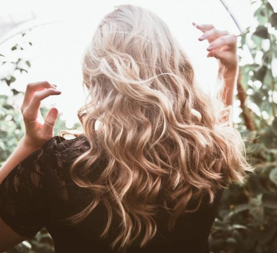 Pielęgnacja włosów w gabinecie kosmetycznym
