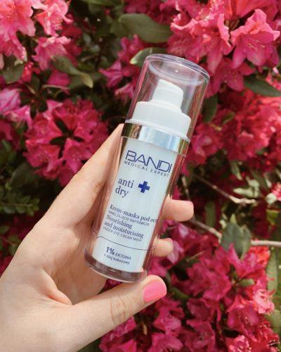 Anti dry to kosmetyki idealne dla cery odwodnionej