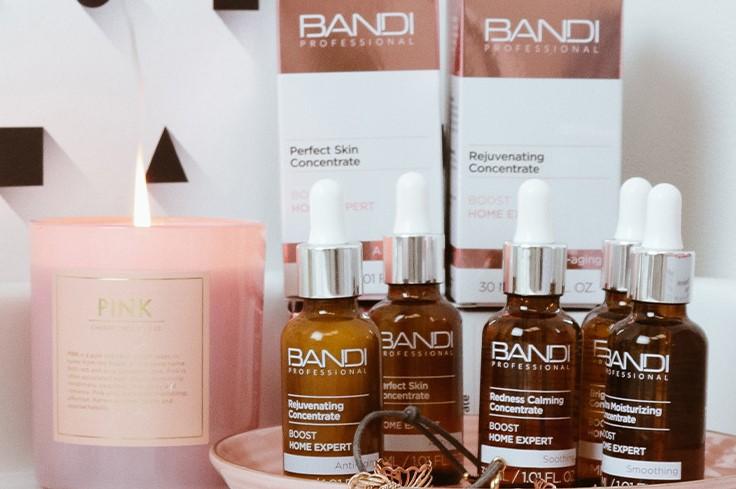 Home Expert - kosmetyki do eksfoliacji i pielęgnacji skóry w warunkach domowych